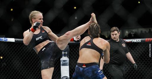 """""""Quiero pelear y vivir en la isla de la UFC"""": Valentina Shevchenko"""