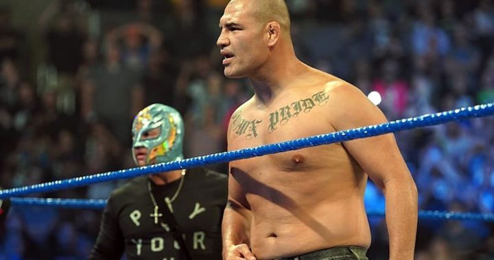 La WWE despide al Caín Velásquez por presupuesto