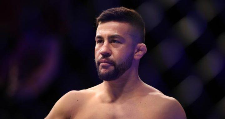 Pedro Munhoz da positivo para Covid-19 y queda fuera de su pelea con Frankie Edgar