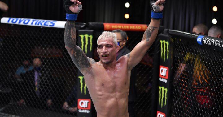 """""""Si fuera por el título, volvería a pelear en peso pluma"""": Charles Oliveira quiere ser doble campeón"""