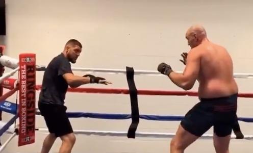VIDEO: Nick Diaz está entrenando boxeo con Tyson Fury para su regreso a la UFC